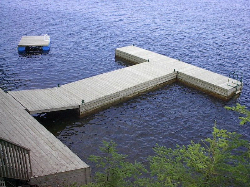 Floating Docks | CroweDock Docking Systems - Waterfront